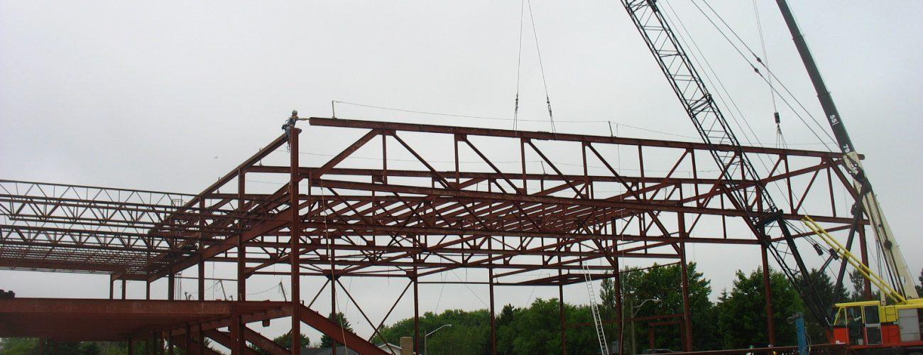 Fabrication et installation de structure d'acier
